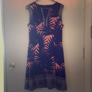 (Maggy London) navy and coral dress